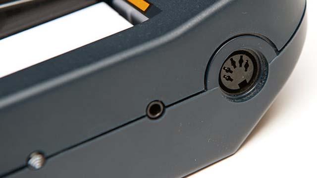 Connettore MIDI su tastiera